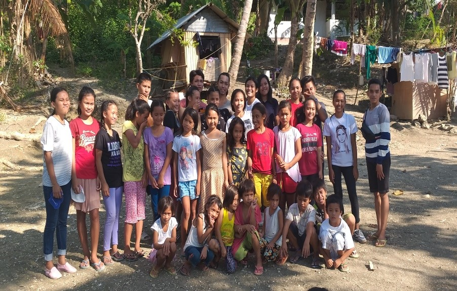 This image has an empty alt attribute; its file name is Children-and-Youth-Ministry-Barili-7.jpg